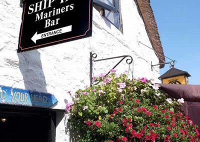 Ship-Inn-Porlock-Weir--flowers